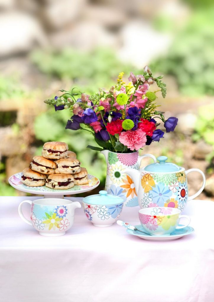 Get Together How To Organise A Tea Party For Your Friends