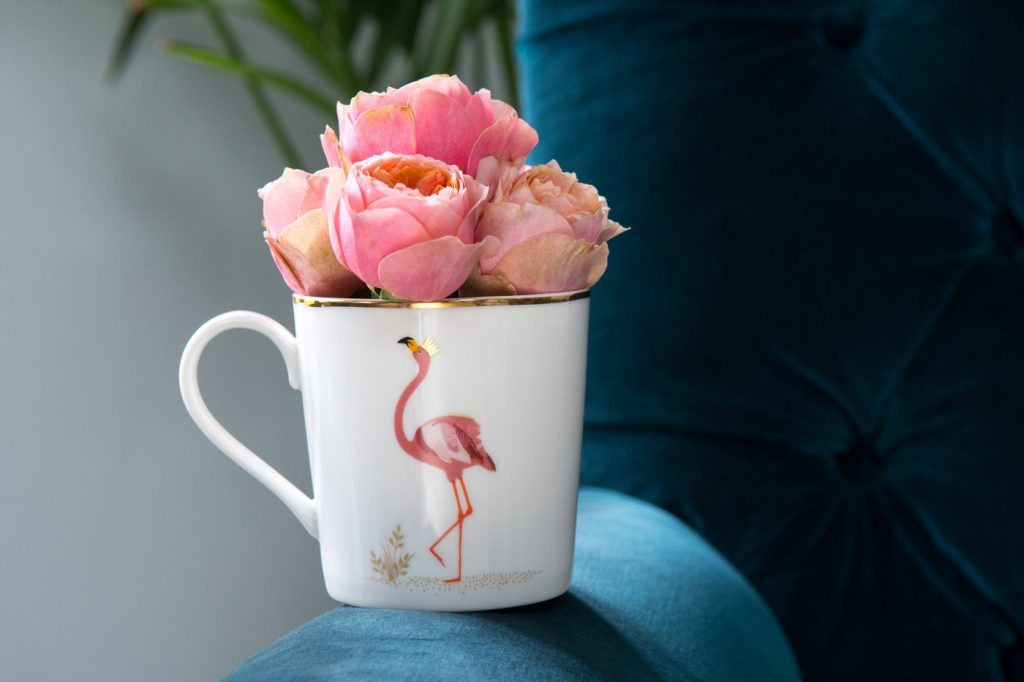SARA MILLER PICCADILLY FLAMINGO MUG LAND